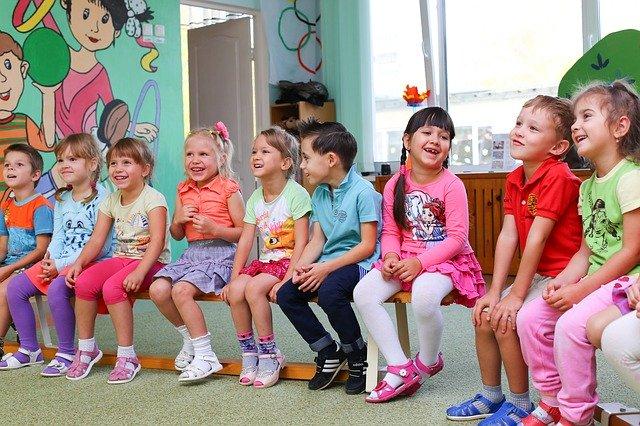 12 Tipps für alle, die Yoga im Kindergarten unterrichten