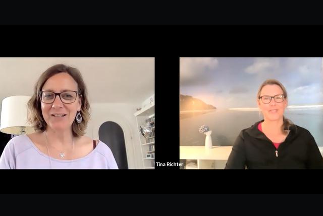 Yoga Ping-Pong: Elke Schwuchow trifft Tina Richter